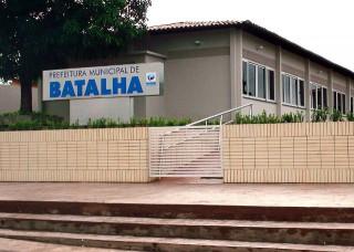 Prefeitura-de-Batalha-320x2281